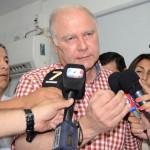 Jenefes en diálogo con la prensa