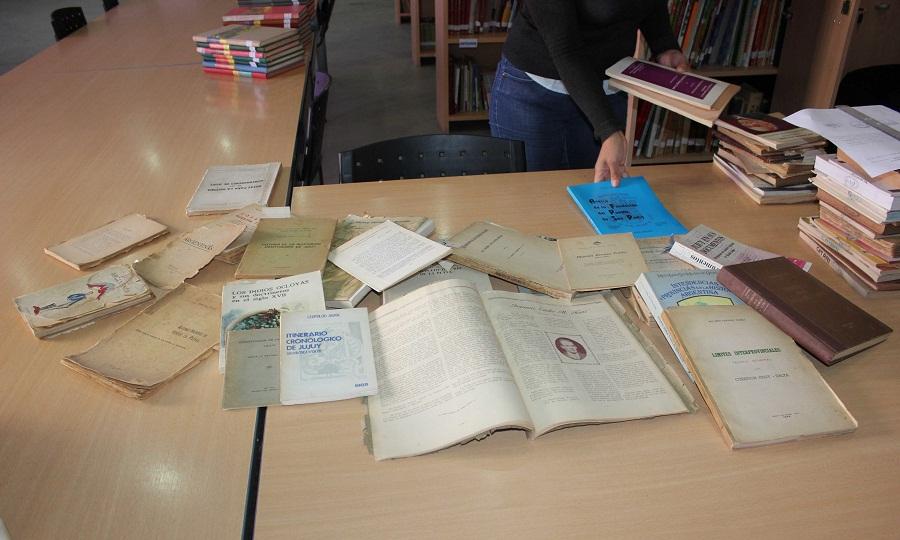 donacion de libros al faro del saber