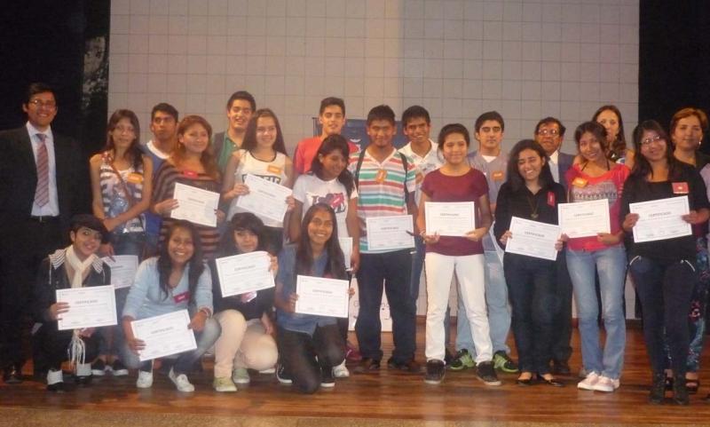 estudiantes-que-participaron-de-la-olimpiada-de-filosofia_13757