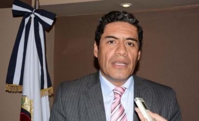 El comisionado Municipal de Yala, Dr. Facundo Vargas Durán.