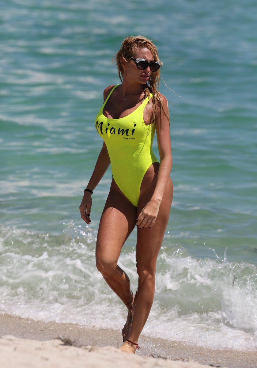 Bikini Vicky Xipolitakis nudes (17 photo), Topless, Bikini, Feet, see through 2017