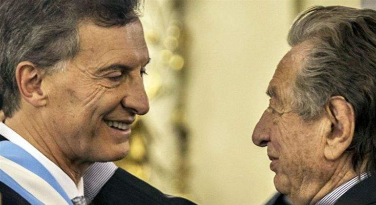 Mauricio-Macri-junto-a-Franco-Reuters