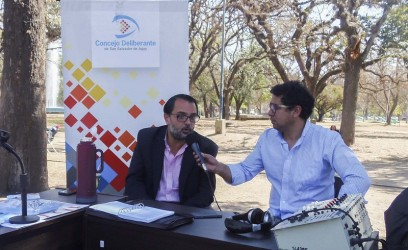 Lisandro Aguiar participando en Radio Abierta